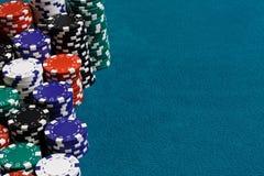 Marco del dinero en circulación de la viruta del casino Foto de archivo libre de regalías
