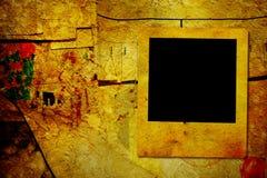 Marco del Grunge para la foto en tablón de anuncios foto de archivo