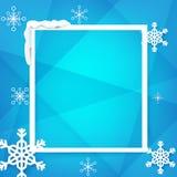 Marco del huésped del invierno con el copo de nieve sobre vector azul del fondo Imágenes de archivo libres de regalías