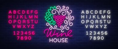 Marco del ornamento del modelo de la casa del vino con adentro un estilo de neón de moda Logotipo, bandera que brilla intensament Fotografía de archivo