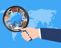 Marco do curso na lupa no mapa do mundo ilustração stock