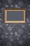 Marco en el papel pintado decorativo Imágenes de archivo libres de regalías