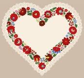 Marco húngaro del corazón del bordado con el borde del cordón Imagen de archivo libre de regalías