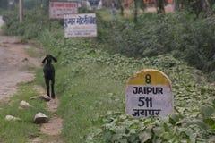 Marco miliário da estrada de Jaipur Imagens de Stock
