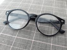 Marco negro de los vidrios Foto de archivo