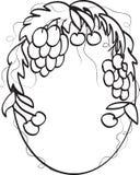 Marco oval con la uva y la cereza. Imagen de archivo