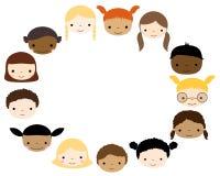 Marco oval con las caras lindas de los niños Imagen de archivo
