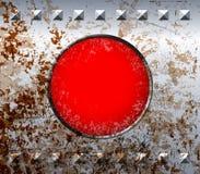 Marco oxidado del metal con la lámpara roja Imagenes de archivo