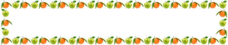 Marco panorámico de la fruta fresca con las manzanas y o anaranjado foto de archivo