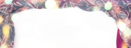 Marco que cubre decorativo de la bandera de la materia textil Figura roja de la bufanda del ` s de las mujeres la bandera británi Imagen de archivo