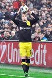 Marco Reus entra na bola no jogo Imagem de Stock Royalty Free