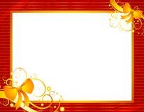Marco rojo de la Navidad con oro   Foto de archivo