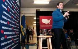 Marco Rubio fala no cargo de VFW em Milford, New Hampshire Imagens de Stock