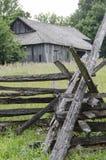 Marco velho histórico do celeiro na cidade de Missouri Imagem de Stock Royalty Free