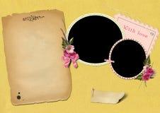 Marcos de la foto en el papel del oro. Fotos de archivo libres de regalías