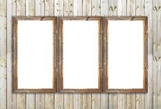 Marcos de madera del granero viejo en la pared de madera Imagen de archivo