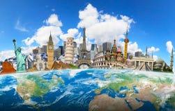 Marcos famosos do mundo agrupado junto na terra do planeta Fotografia de Stock Royalty Free