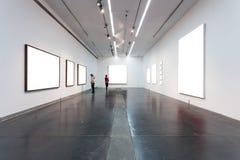 Marcos vacíos en museo Foto de archivo libre de regalías