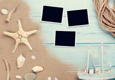 Marcos y artículos del viaje y de la foto de las vacaciones Fotos de archivo libres de regalías