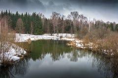 Marcowy dzień na małej rzece Obraz Royalty Free