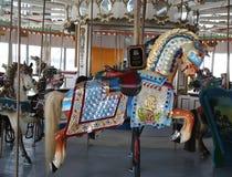 Marcus Illions Horse historique sur le carrousel de CHAMBRE D'HÔTE Image stock