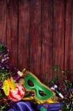 Mardi Gras: Aliste para ir de fiesta con el cóctel del huracán y el Mas verde Fotografía de archivo