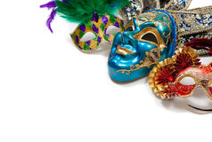 Mardi Gras eller karnevalmaskering på white Arkivfoto