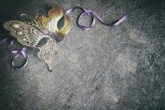 Mardi Gras eller karnevalmaskeringsbakgrund arkivfoto