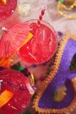 Mardi Gras: Fuoco sul cocktail festivo di uragano Immagini Stock