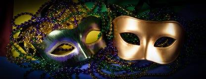 Mardi Gras maskeringar på en mörk bakgrund fotografering för bildbyråer