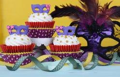 Mardi Gras muffin royaltyfri fotografi