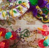 Mardi Gras: Roliga feta tisdag partiobjekt royaltyfria bilder