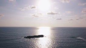 Mare al tramonto stock footage