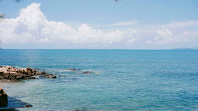 Mare blu tropicale, orizzonte Immagini Stock Libere da Diritti