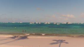 Mare con gli yacht sulla cima Immagini Stock Libere da Diritti