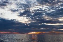 Mare con il tramonto Fotografie Stock Libere da Diritti