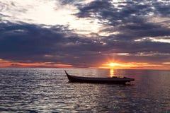 Mare con il tramonto Immagini Stock Libere da Diritti