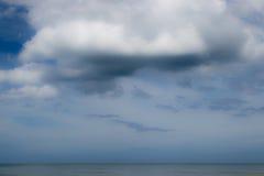 Mare del hin di Hua con fondo nuvoloso Fotografia Stock