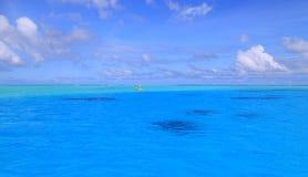 Mare del turchese alla laguna di Bora Bora Fotografia Stock Libera da Diritti
