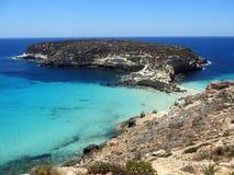 Mare dell'isola di LAMPEDUSA in Italia immagine stock libera da diritti