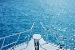 Mare della barca in rosso Fotografie Stock Libere da Diritti