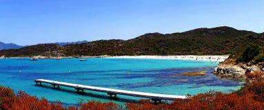 Mare della Francia di punto di vista di Sun della spiaggia di Corse fotografia stock libera da diritti