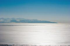 Mare di Okhotsk della costa del nord fotografia stock libera da diritti