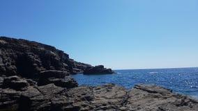 Mare di Sant'Antioco dalla costa Immagini Stock Libere da Diritti