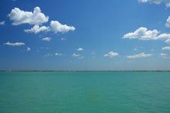 Mare e cielo Fotografie Stock