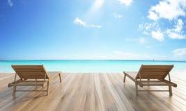 Mare e cielo di chaise longue Immagine Stock Libera da Diritti