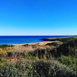 Mare e cielo di un giorno di inverno in Sicilia fotografia stock libera da diritti