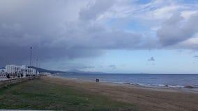 Mare e cielo nuvoloso fotografia stock