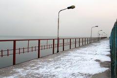 Mare e ghiaccio nell'inverno e nel tempo freddo Fotografia Stock