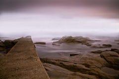 Mare e nebbia Immagini Stock